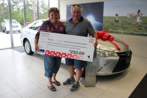 Patient Support Registered nurse Bob Goodwin and wife Jenny with their new Sunshine Toyota vehicle.